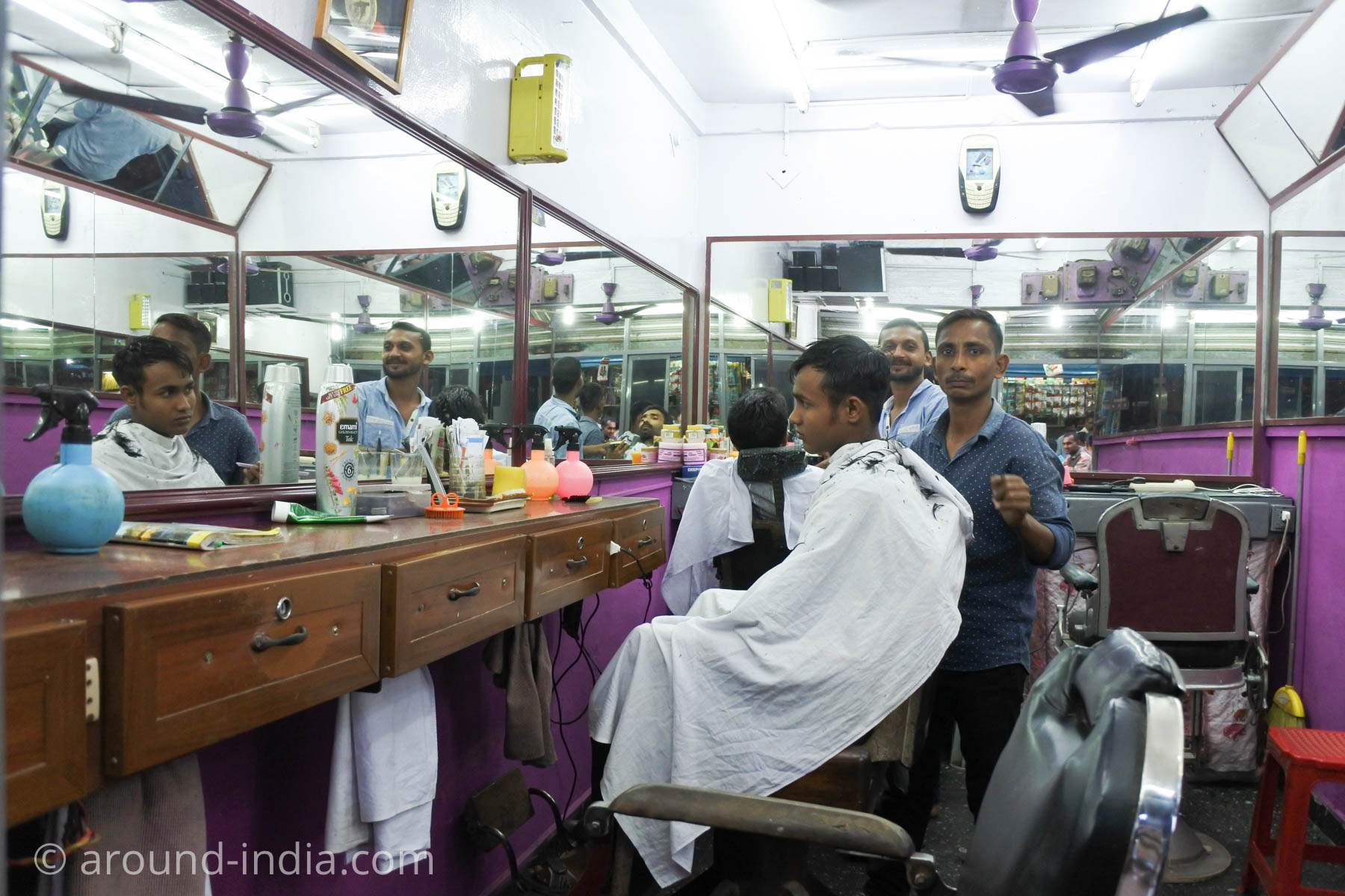 インドの床屋さん、男性用