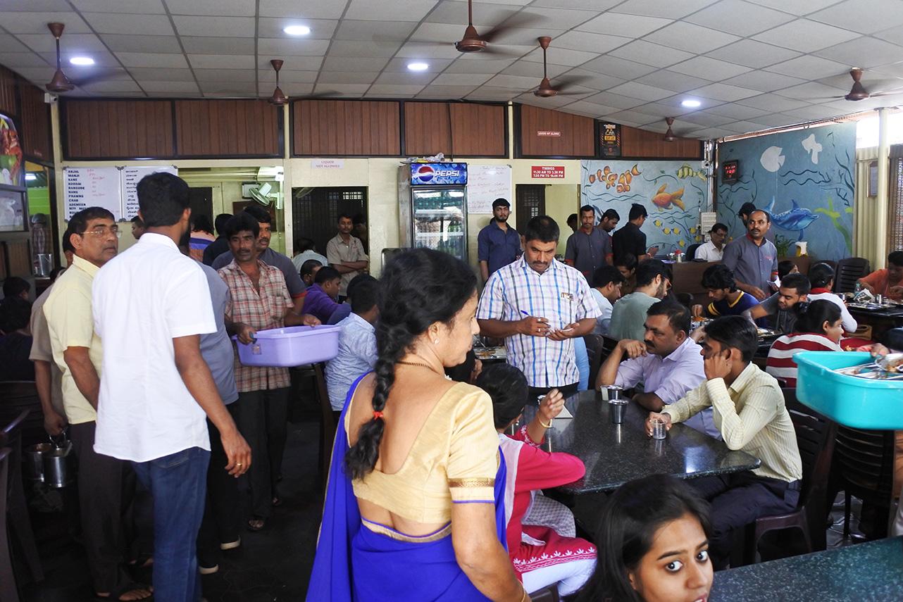 MangaloreのMachaliの店内