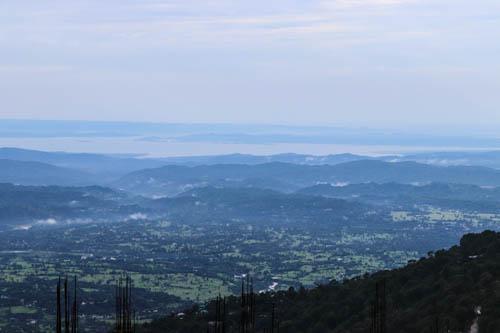 ダラムサラ、山から見下ろす風景