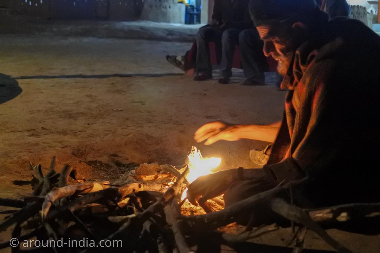 SHAAM-E-SARHADの焚き火