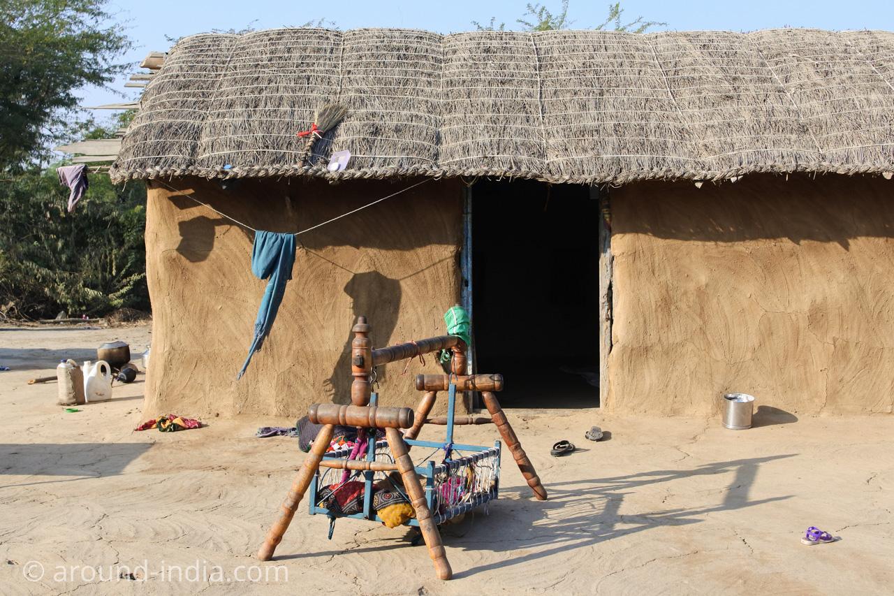 インド・グジャラート州ホドカ村の民家