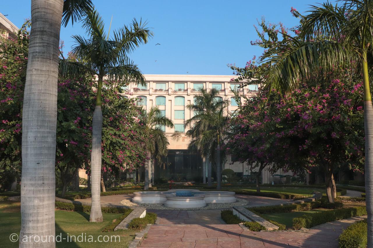 インド・デリーのホテル The Grand New Delhi 外観