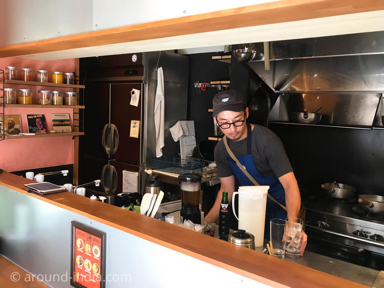 鎌倉のzushi curry店内