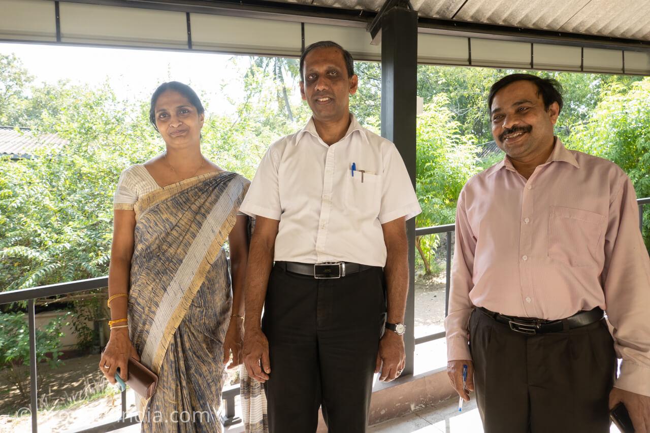 スリランカの国立アーユルヴェーダ病院のドクター