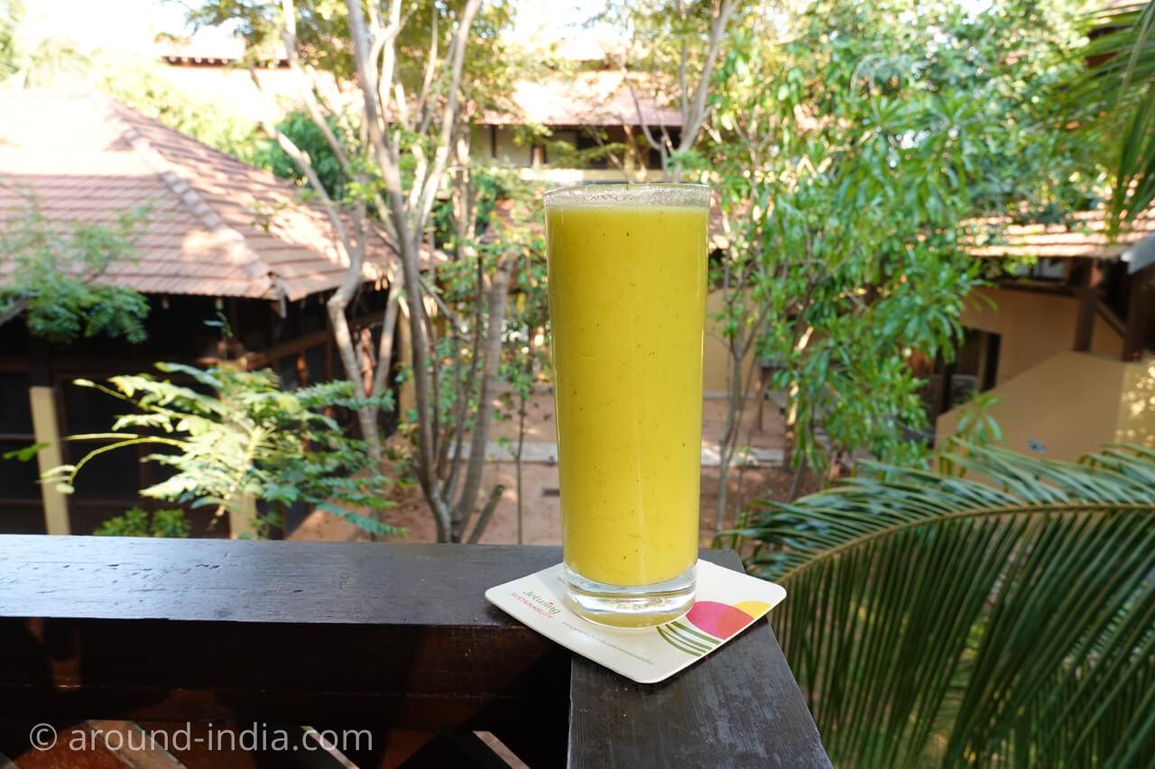 スリランカのアーユルヴェーダリゾートJetwing ayurveda pavilionのジュース