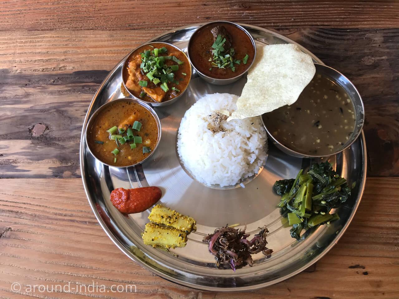 鎌倉のネパール料理屋さんjijicoの定食