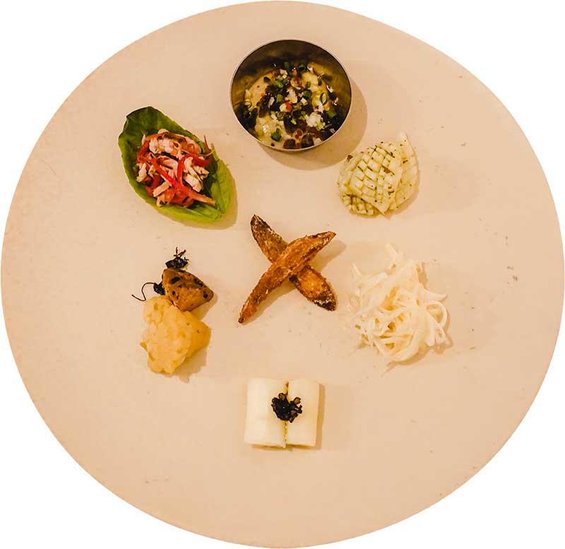 レカマヤジフ、カレーの分解、前菜盛り合わせ