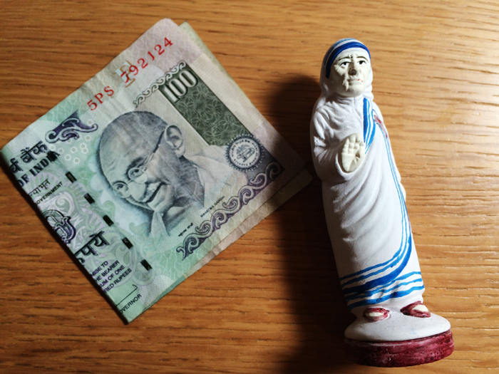 カルマ・ヨガ、ガンジーとマザーテレサ