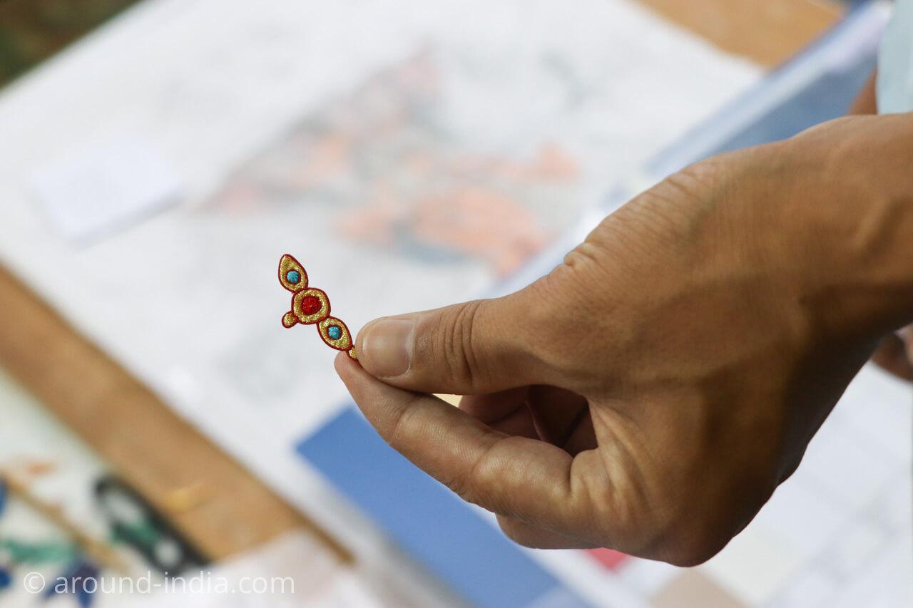 ダラムサラのノルブリンカチベット芸術 ダラムサラのノルブリンカチベット芸術 布のタンカ 小さなパーツ