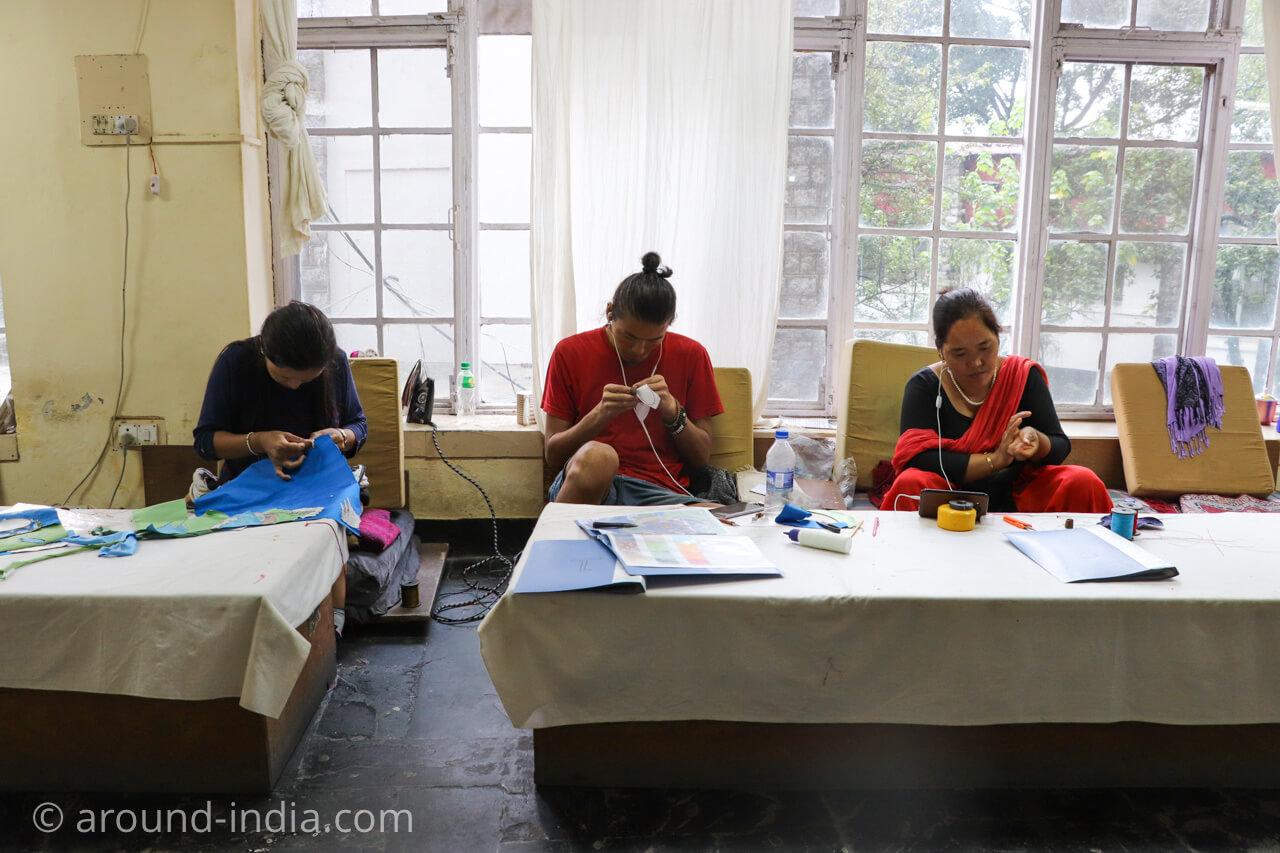 ダラムサラのノルブリンカチベット芸術 ダラムサラのノルブリンカチベット芸術 布のタンカ