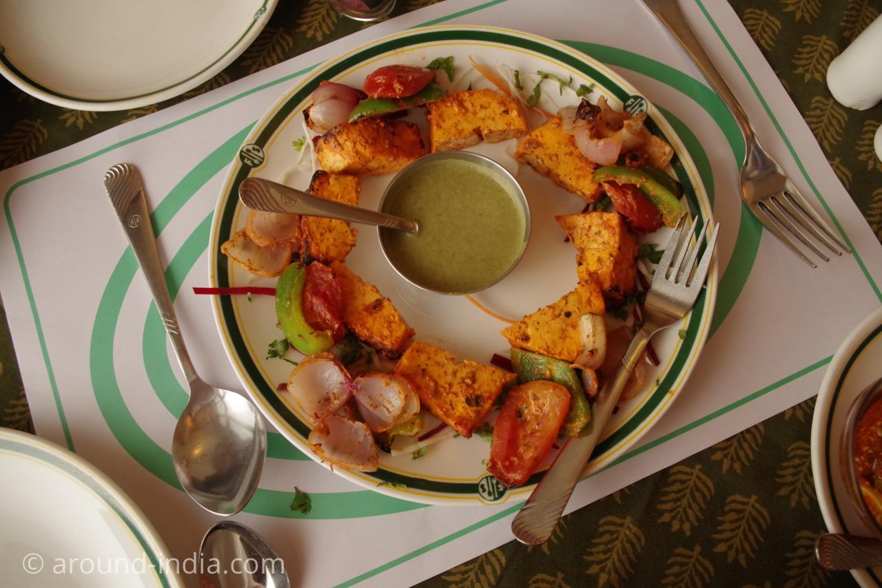 ジャイプールのレストランFour Seasonsパニールティッカ