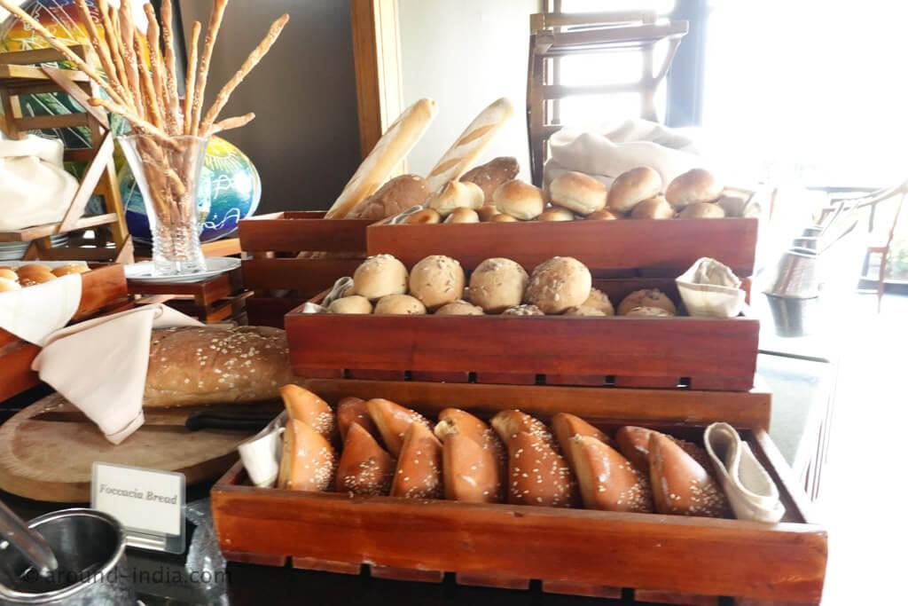 ヘリタンスカンダラマのレストラン パン
