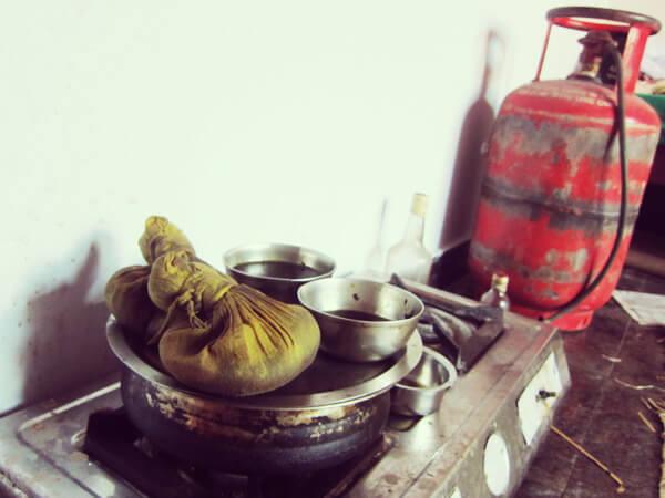 カラリパヤットゥの診療所のポディキリ