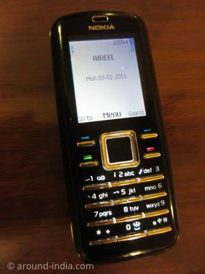 海外携帯モベルに、インドAircel SIMを入れた状態