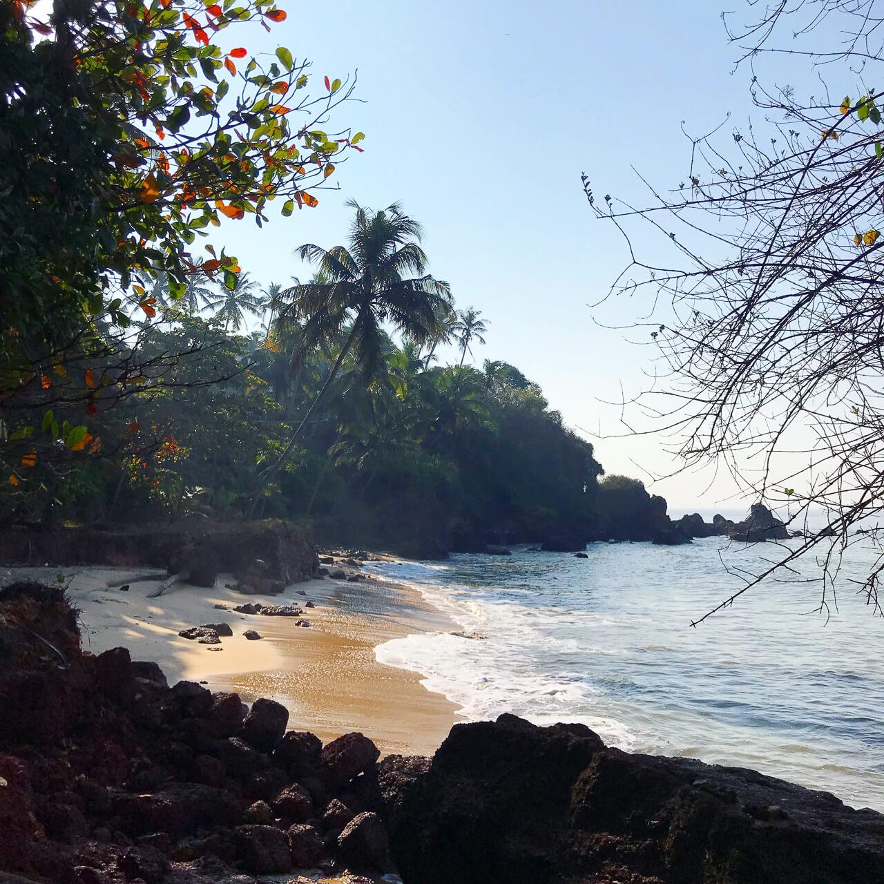 カヌールのシークレットビーチ