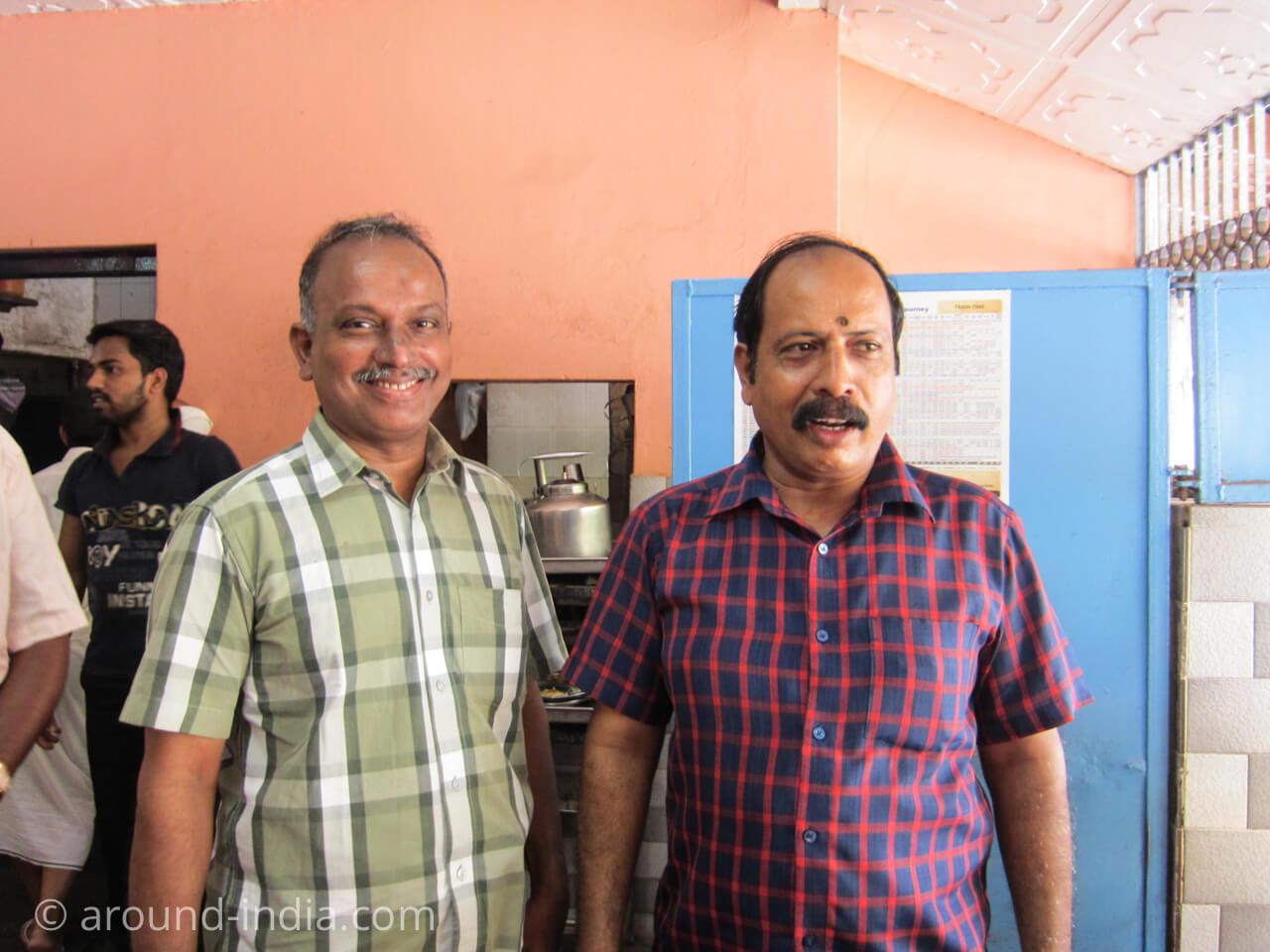 カヌールの食堂Sharanya のボス