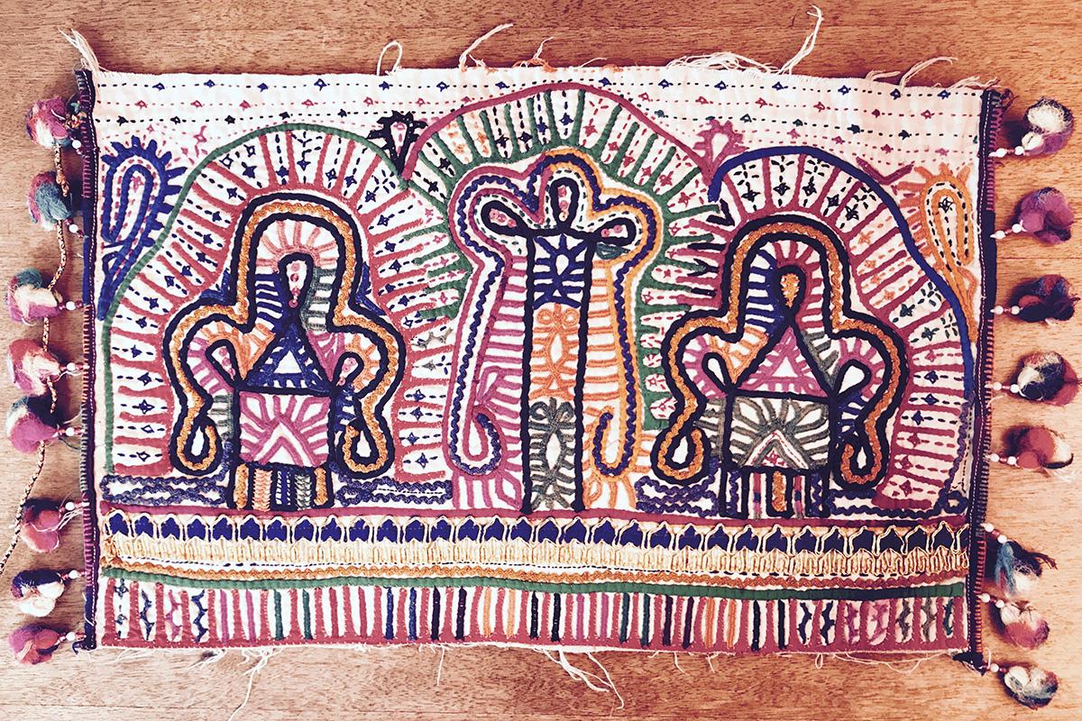 グジャラートの刺繍