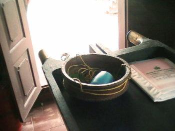 ケララPVAのダーラ用ポット