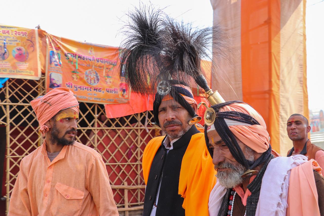 インドのお祭 クンブメーラ 孔雀の羽のサドゥ mayur sadhu