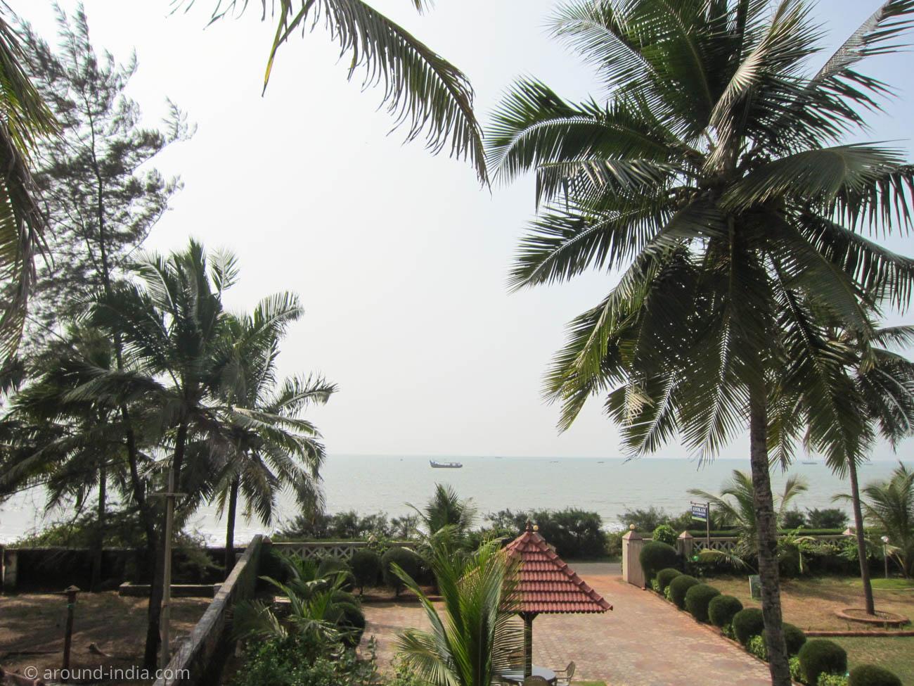 Asokam Beach Resort ケララのアーユルヴェーダ施設からの景色