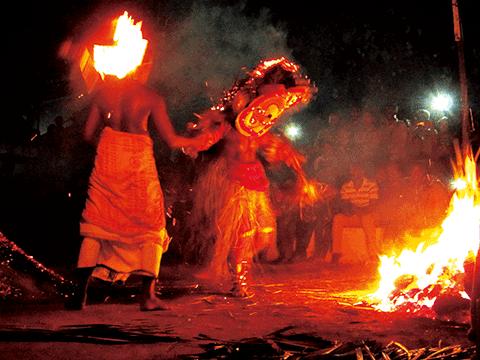 カヌールの火のテイヤム