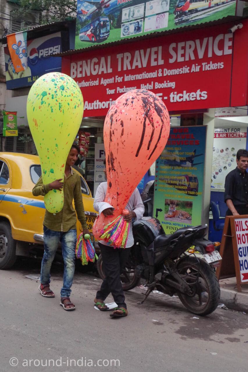 インドの巨大バルーン売り