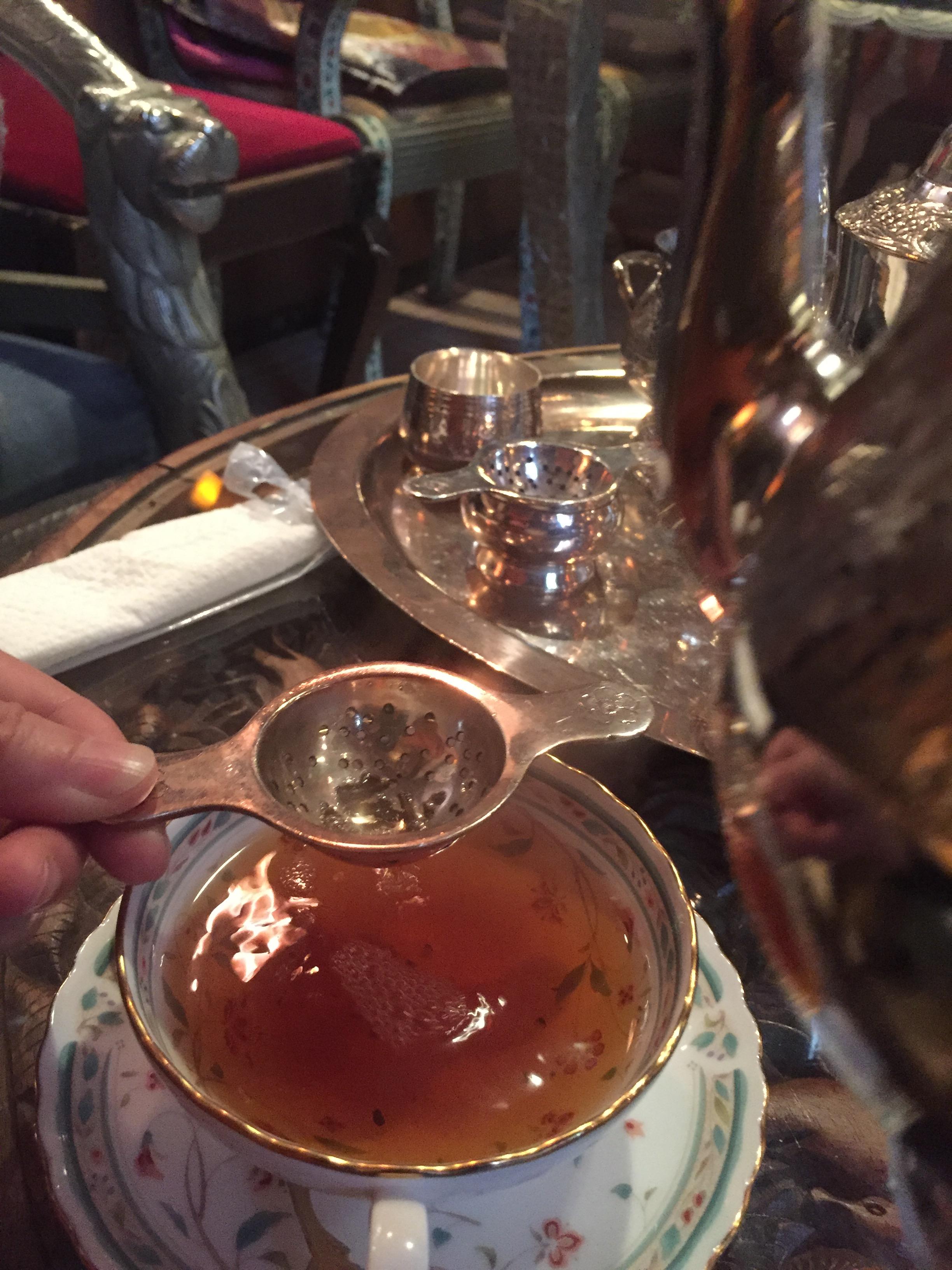 紅茶がおいしいダージリン 日暮里のポット紅茶