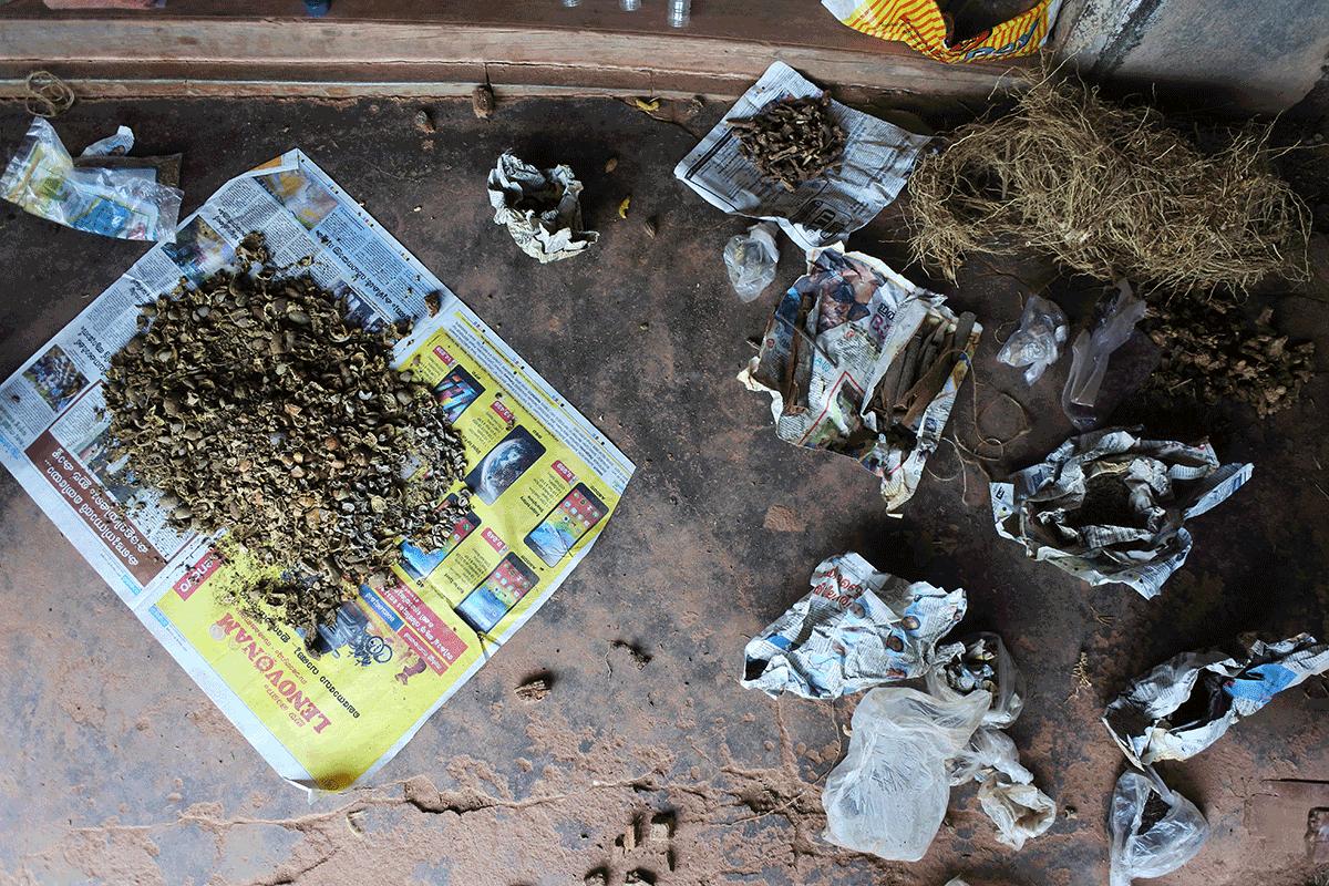 製薬の材料と痕跡
