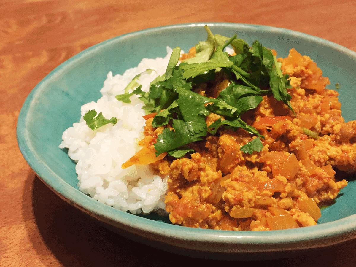 インド家庭料理ラニ、ハリオムシェフのチキンキーマカレーを作ってみました!