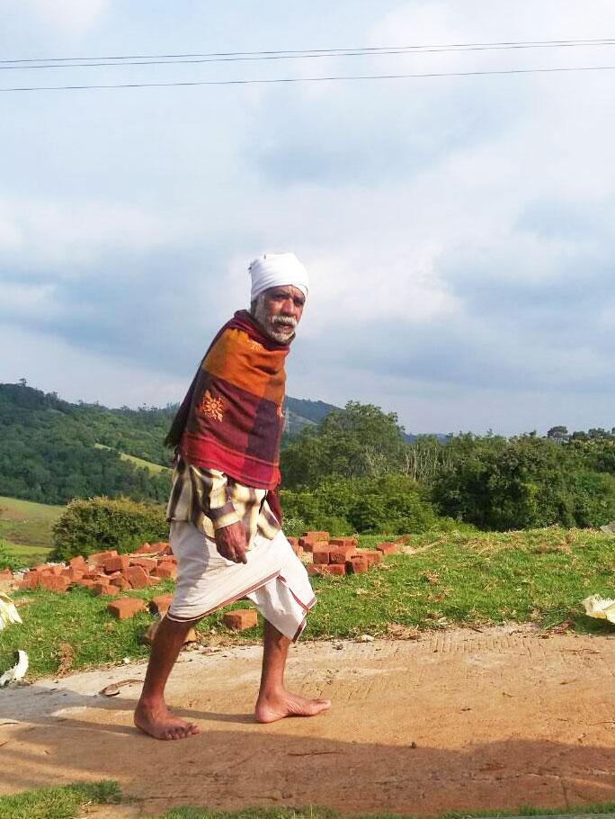 トダ族の老人