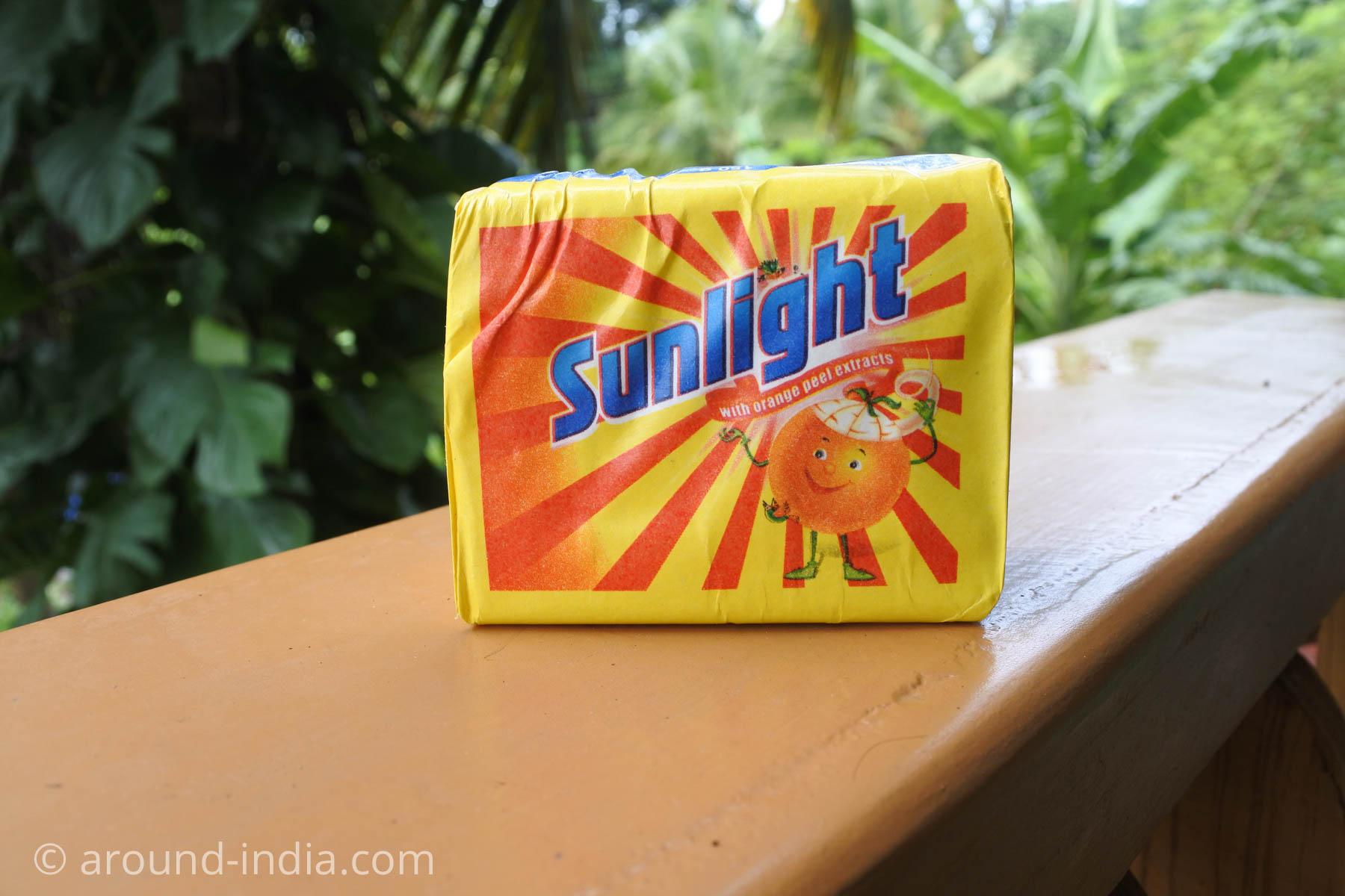 インドの洗濯石鹸 sunlight パッケージ2
