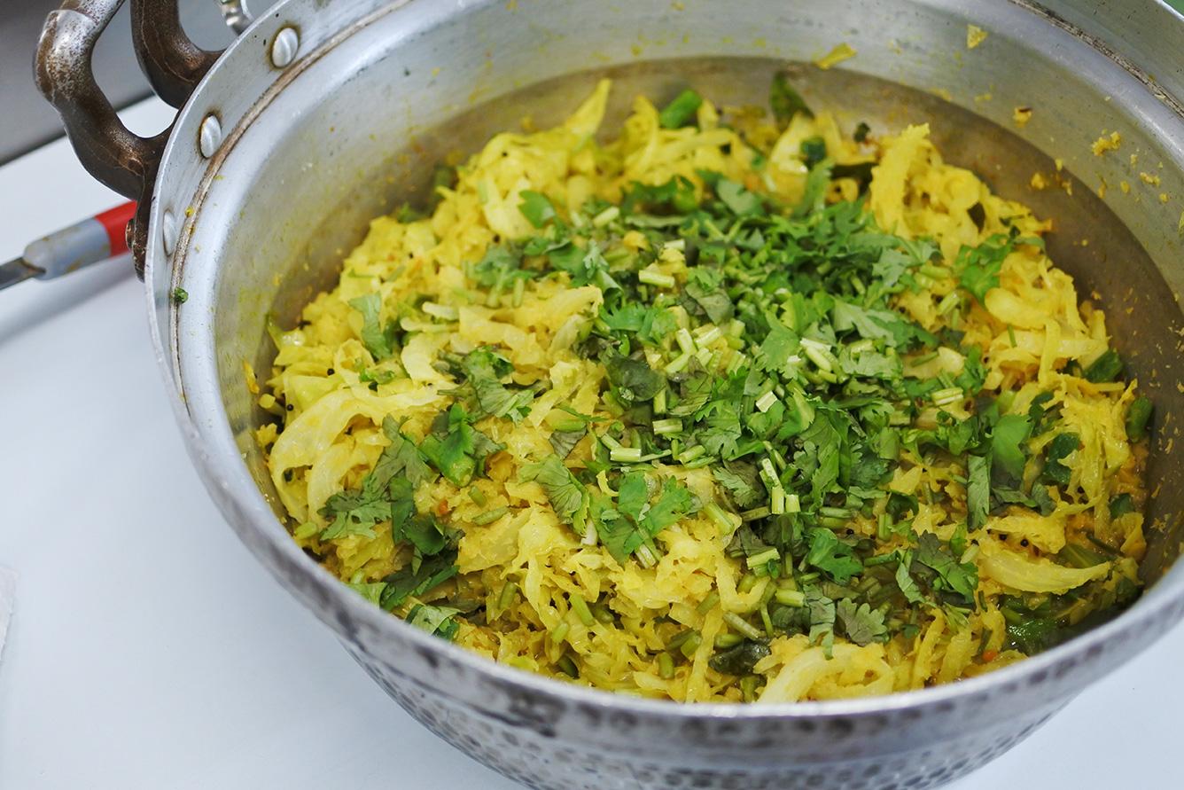 印度料理研究会 キャベツのポリヤル