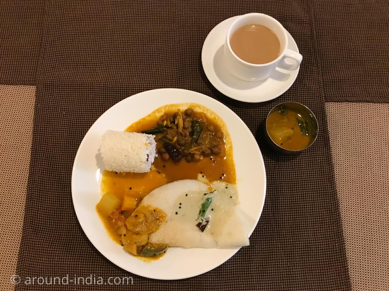 カヌールのホテルGreen park residencyの朝食