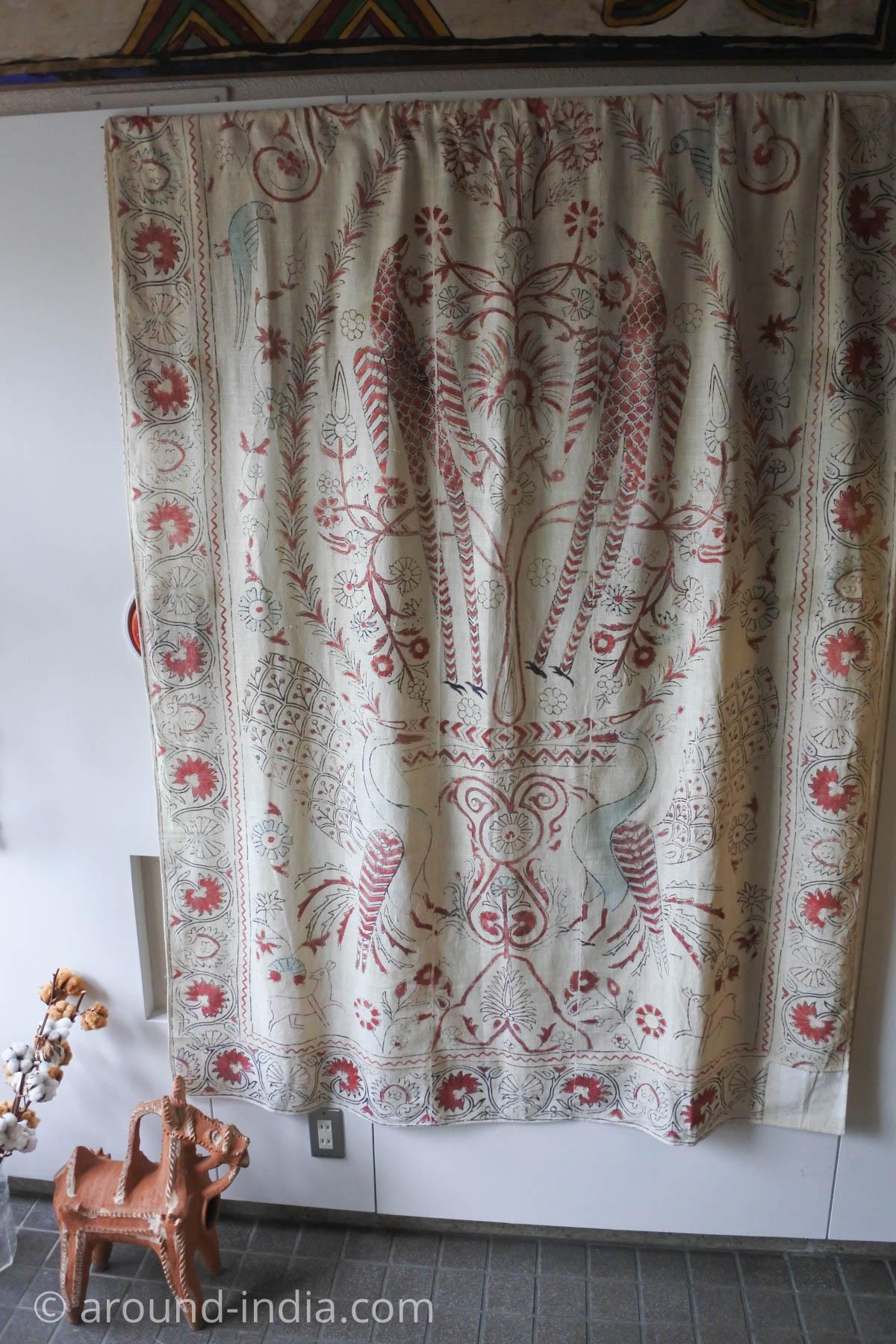 岩立フォークテキスタイルミュージアム所蔵の布