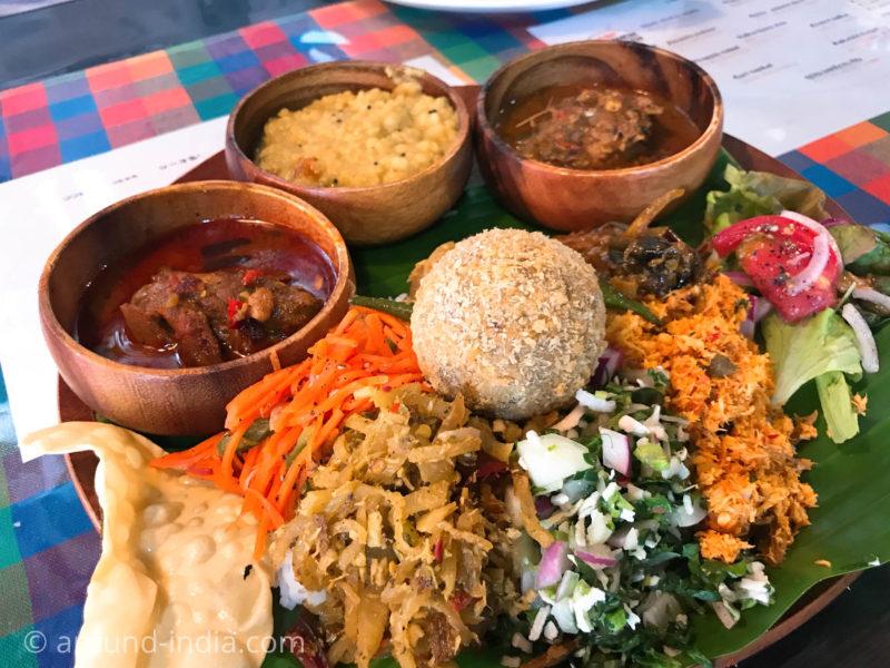 スリランカ料理シナモンガーデンのしあわせプレートアップ