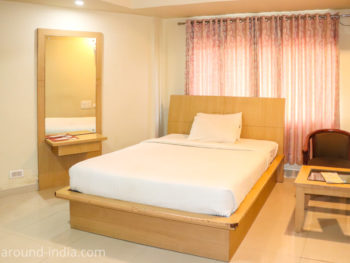 カヌールのホテルRainbow Suite室内