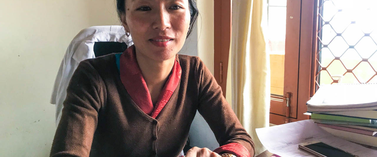 チベット医学メンツィカンクリニックのDr Migmar