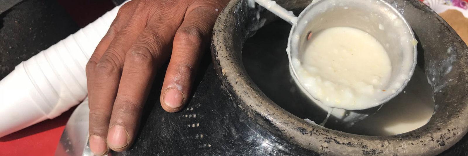ラジャスタンの冬の飲み物 酸っぱいコーンスープ
