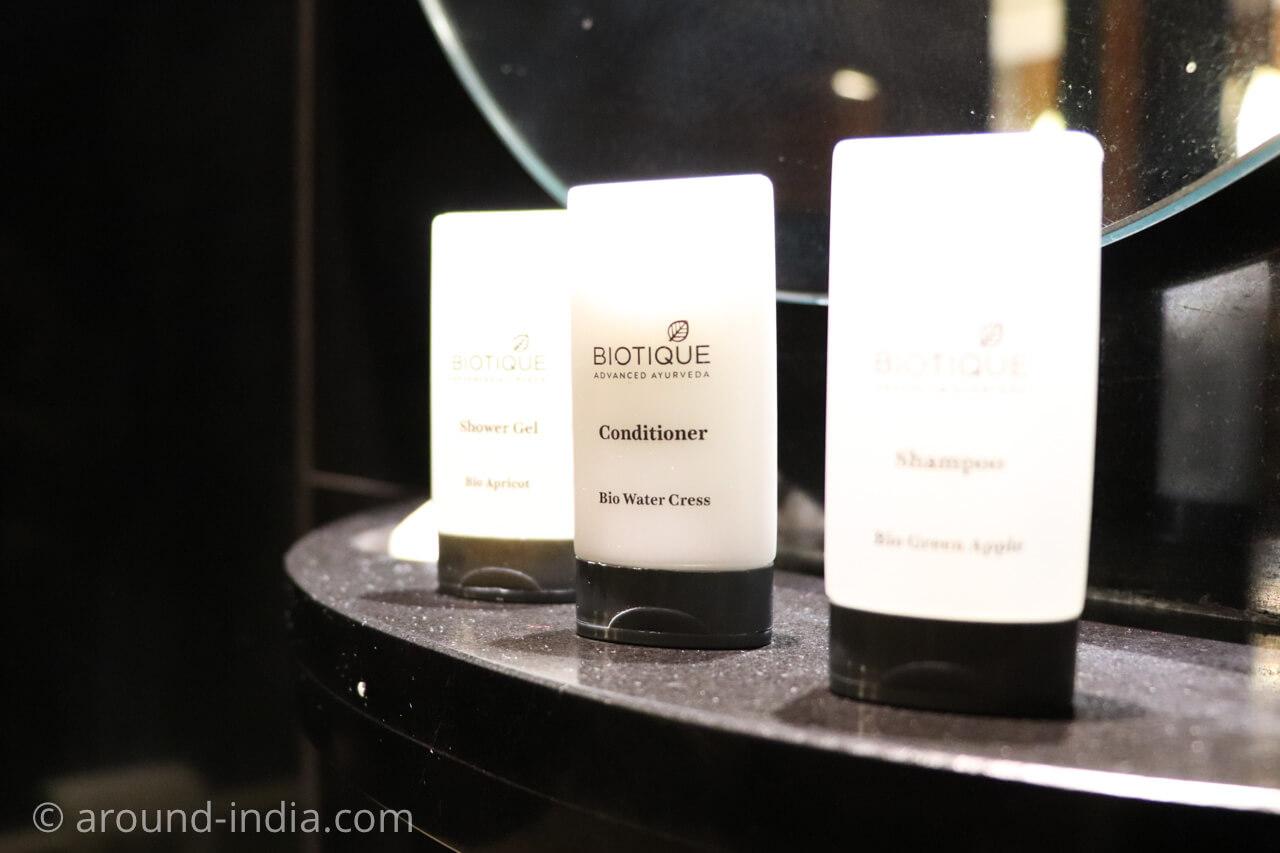 インド・デリーのホテル The Grand New Delhi アーユルヴェーダ製品