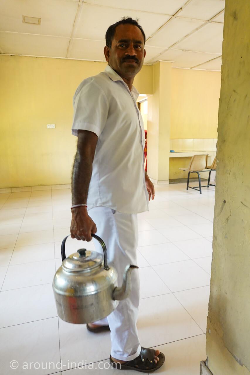 スリランカの国立アーユルヴェーダ病院のハーブティー