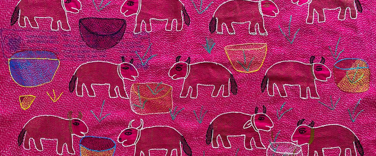 牛の刺繍、インド布