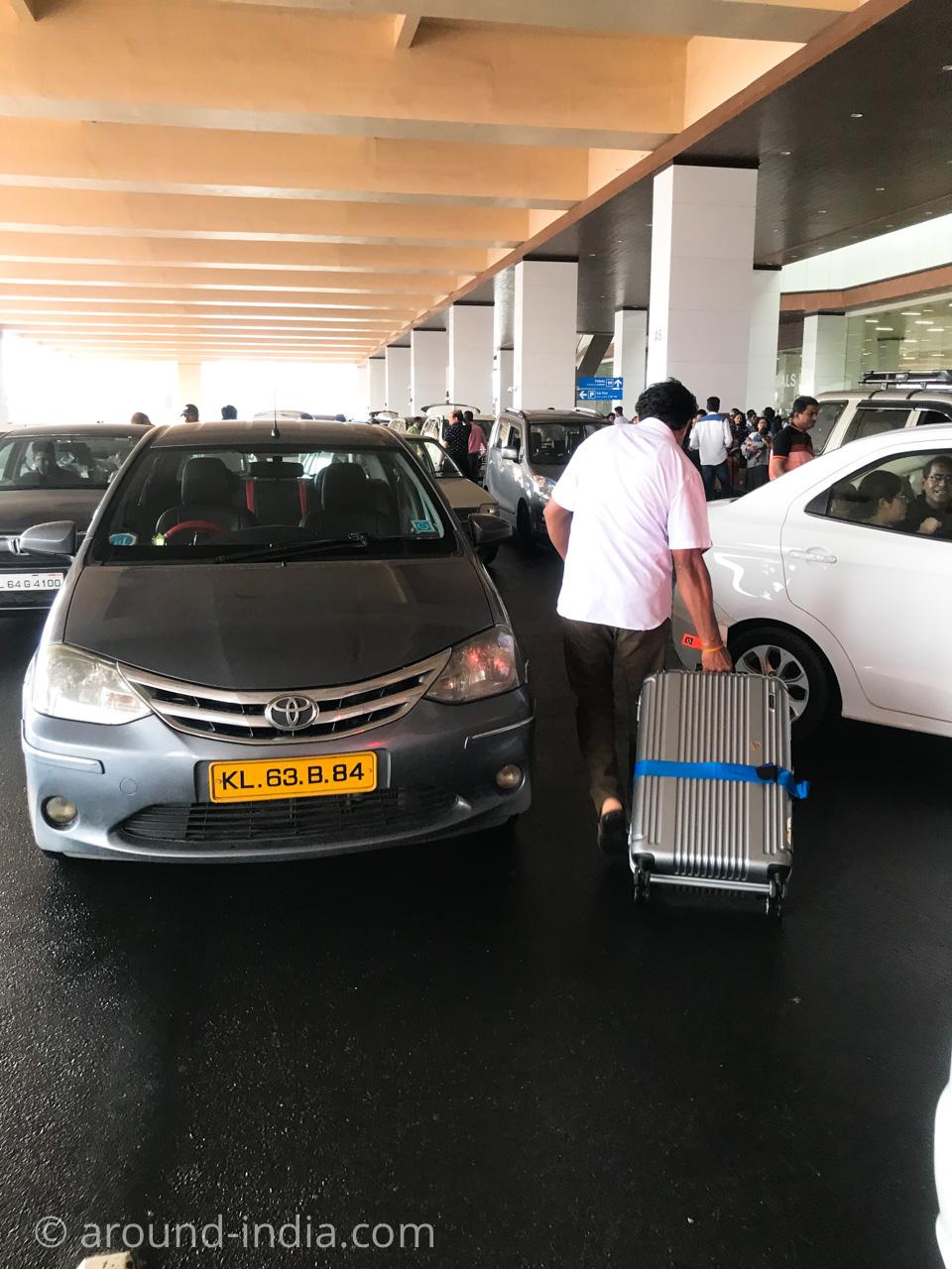 インド・コーチン空港のプリペイドタクシーの乗り方