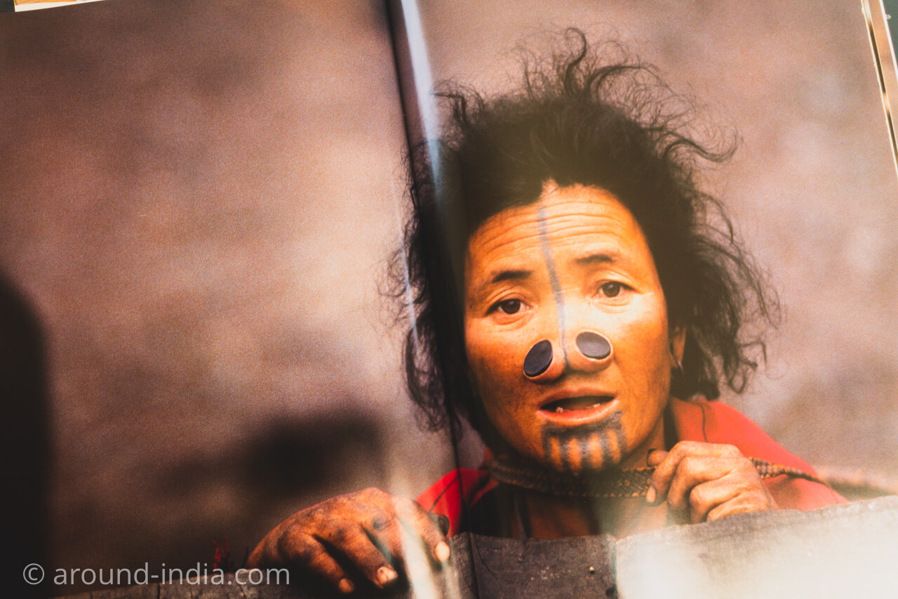 本 Hidden Tribes of India
