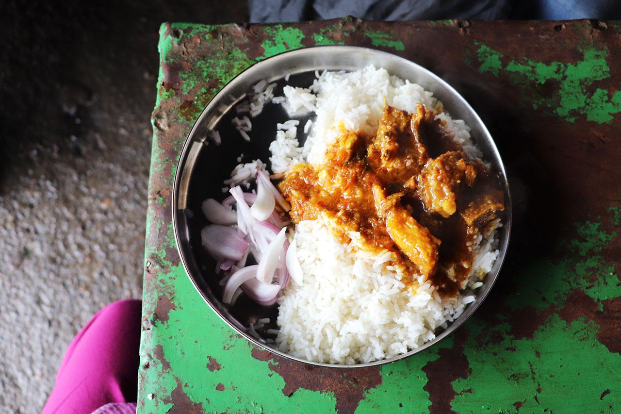 絶品!やわらかマトンライスのお店「Sharma Dhaba シャルマ ダバ」|ヒマーチャルプラデーシュ・ダラムサラ