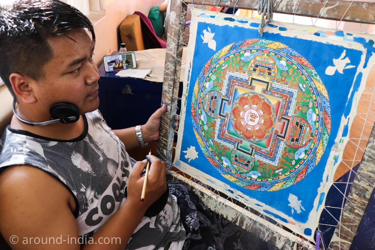 ダラムサラのノルブリンカチベット芸術 曼荼羅