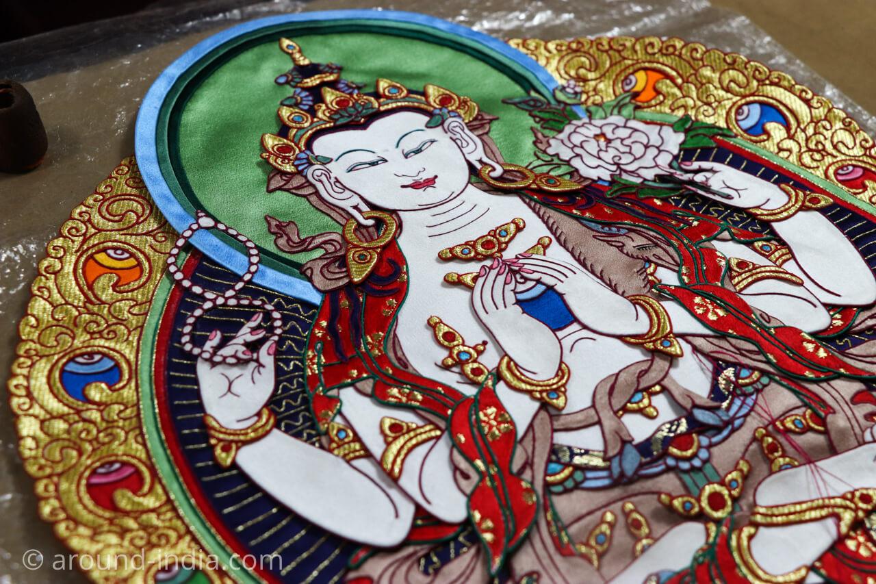 ダラムサラのノルブリンカチベット芸術 ダラムサラのノルブリンカチベット芸術 布のタンカ アップ