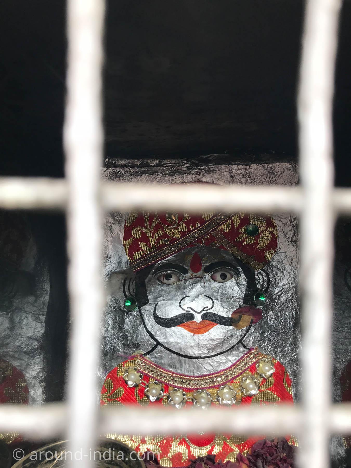 ウダイプルのローカル神様はマハラジャ