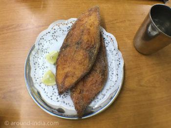 ムンバイでゴア料理 HIGHWAY GOMANTAK フィッシュフライ