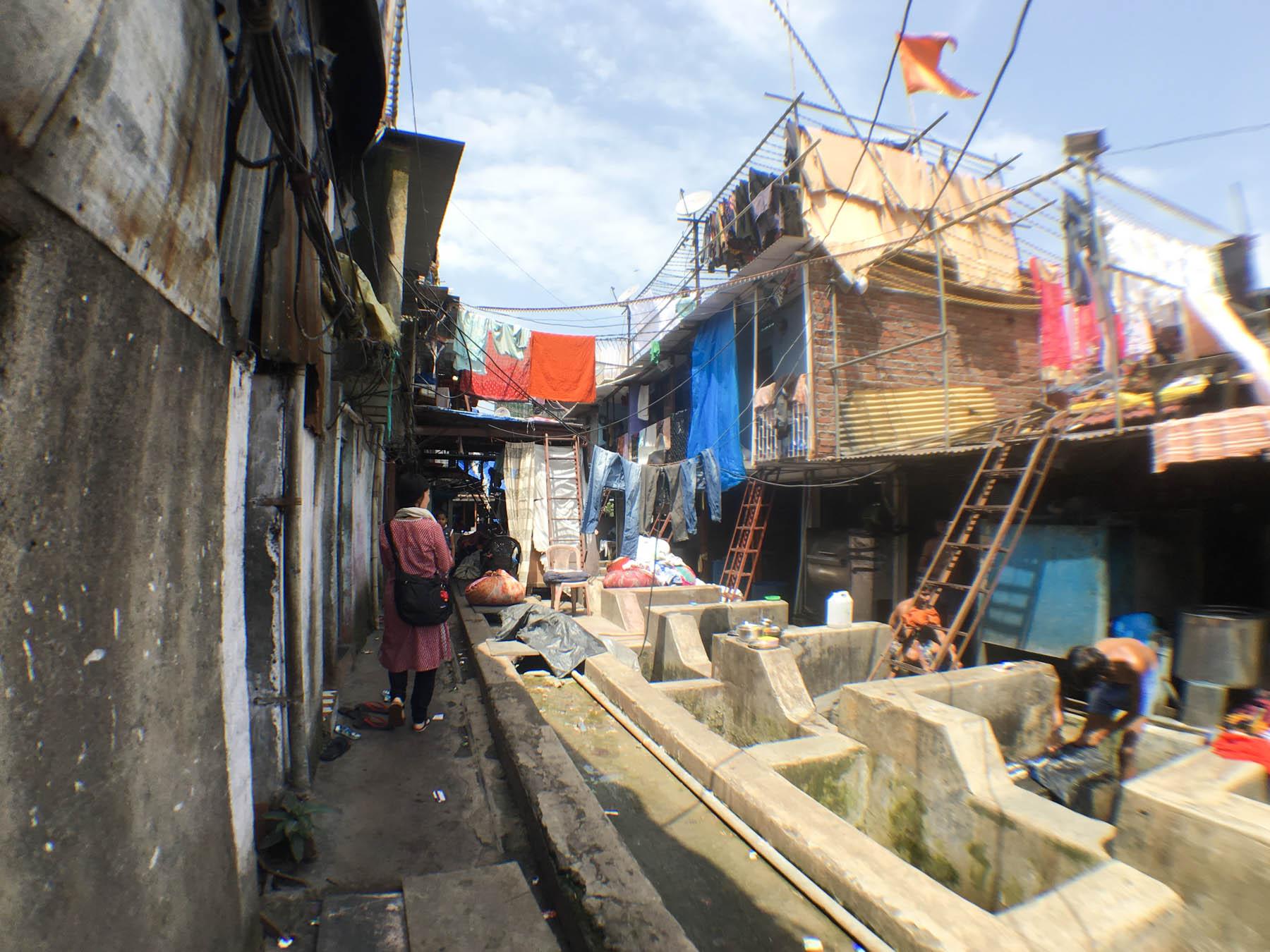 ムンバイ 巨大洗濯工場 ドービーガート 探検