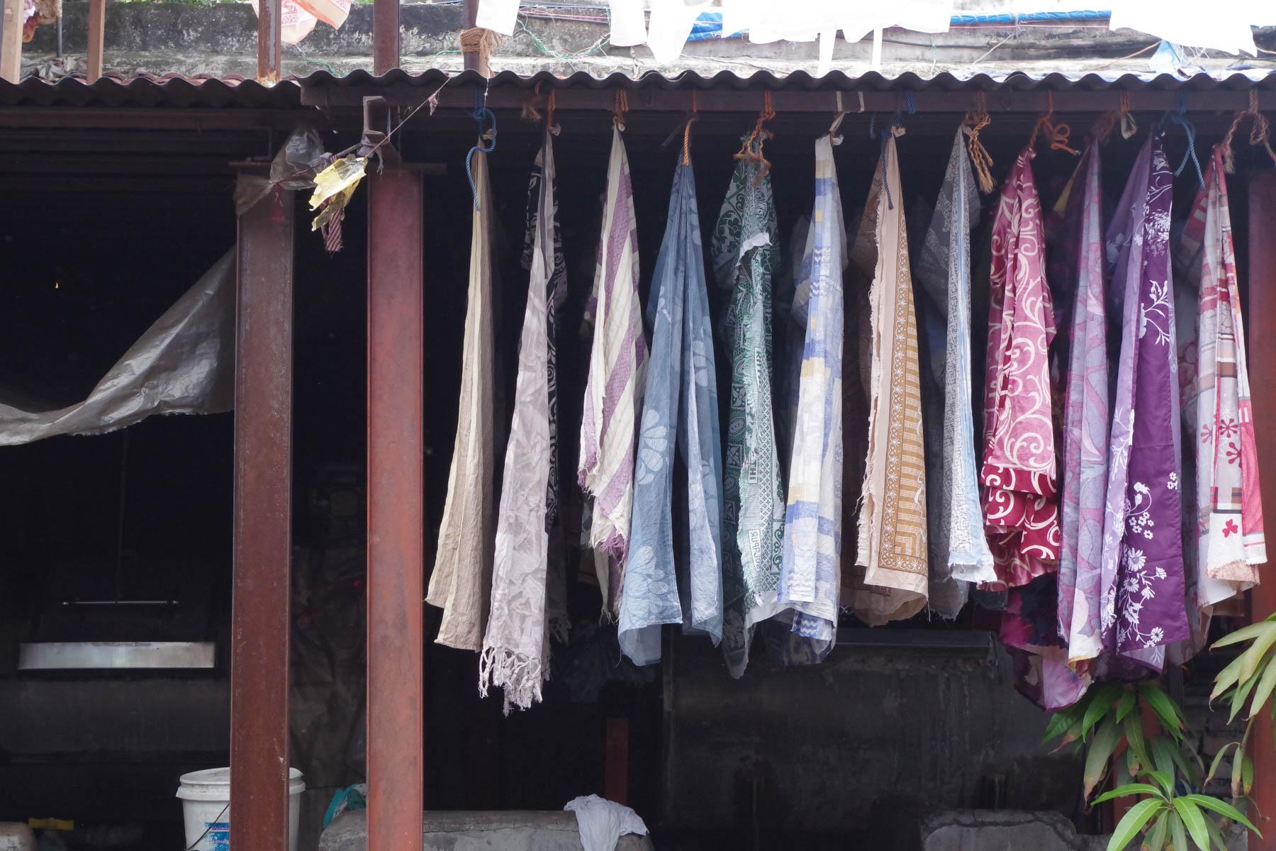 ムンバイ 巨大洗濯工場 ドービーガート 洗濯物